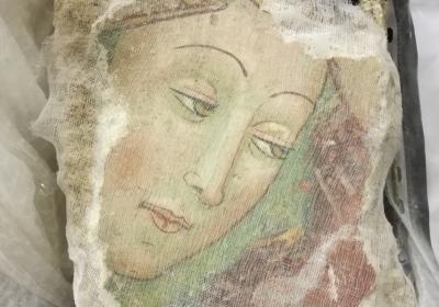 Spoleto Deposito Santo Chiodo: frammento proveniente dalla Chiesa di S. Salvatore di Campi (Norcia)