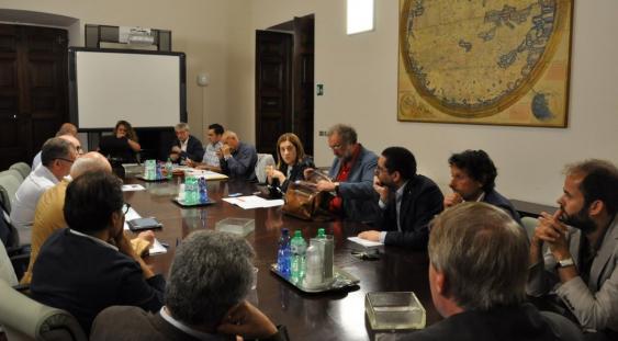Foto Presidente Marini con ingegneri