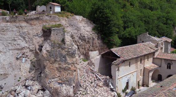 Abbazia di Sant'Eutizio dopo il sisma del 30 ottobre 2016